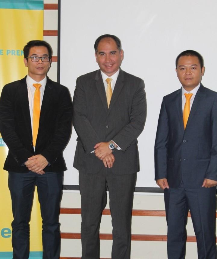 Phungvannam. Director Adjunto _Raúl Galdo, Gerente General Adjunto_ Ngovanduc, Director Sucursal