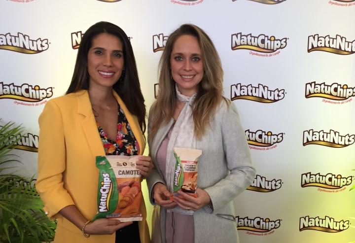 Tania García gerente de marketing de PepsiCo Alimentos y Vanessa Tello reconocida nutricionista local