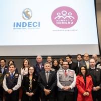 Reconocen a empresas peruanas que entregaron más de 800 toneladas de ayuda humanitaria