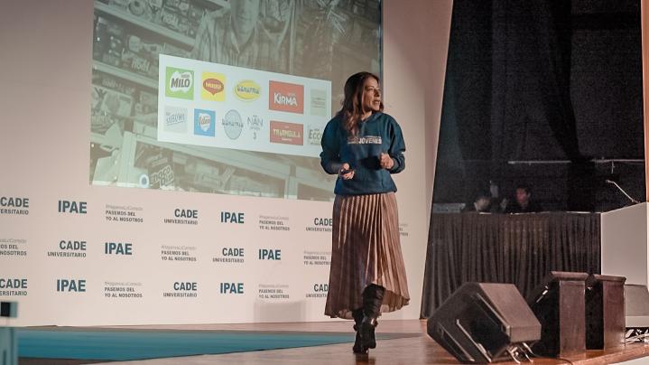 Lilian Miranda, Gerente General de Nestle Pe rú en inauguración del CADE Universitario.png