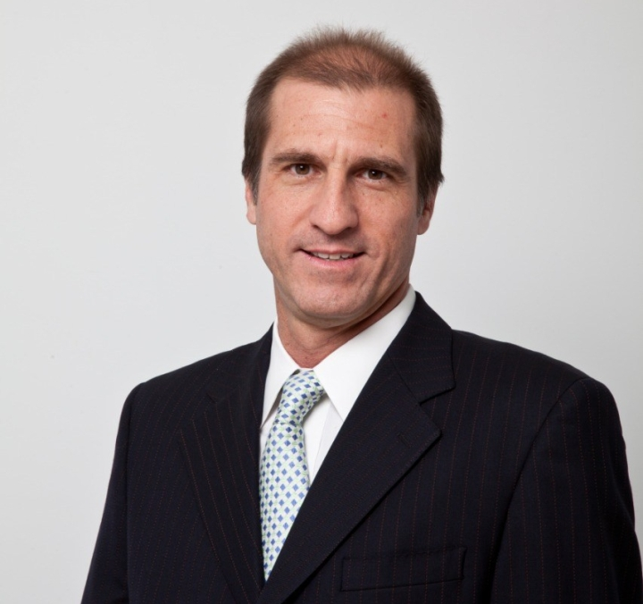 Cesar Rivera 1 - Baja