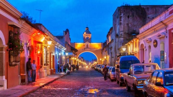 Antigua Guatemala 3.jpg